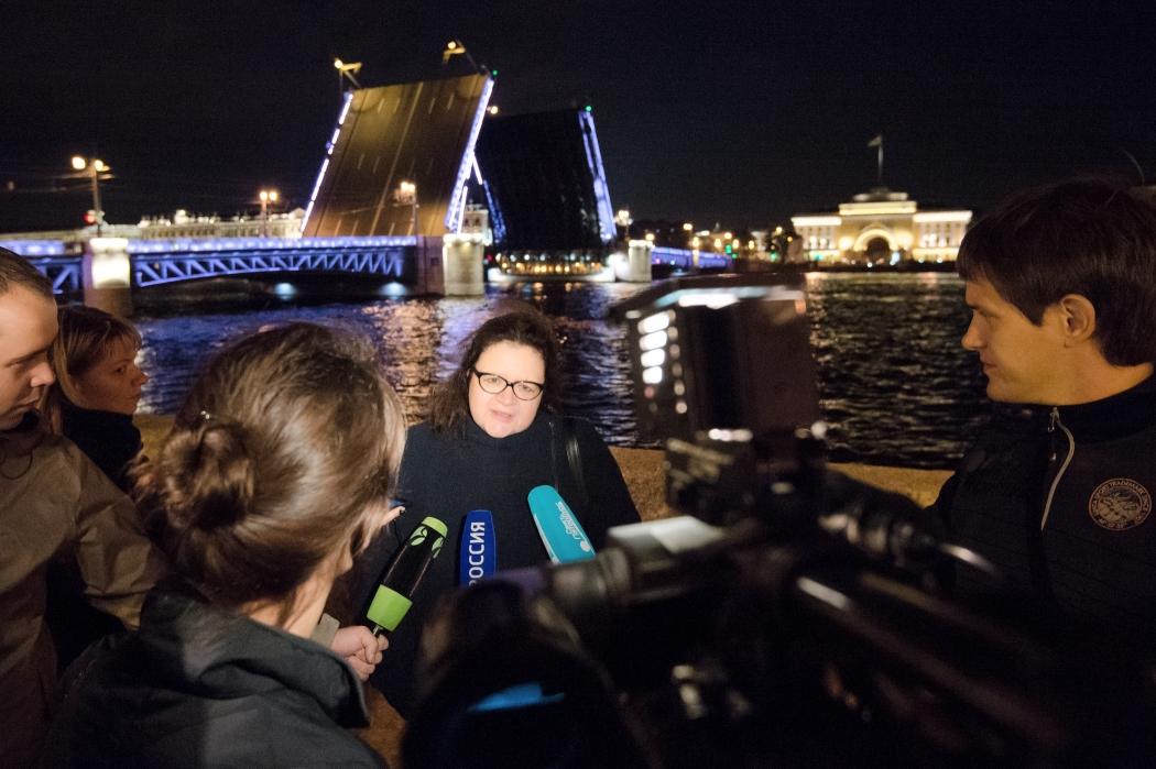 Дворцовый мост вПетербурге разведут под музыку Андрея Петрова