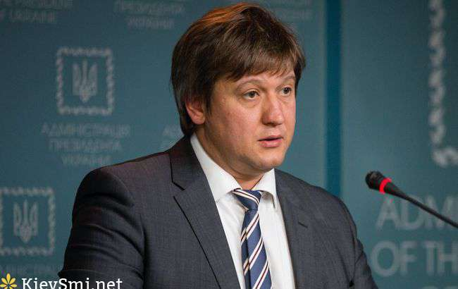 А.Данилюк: мынепланируем принимать Госбюджет под елку