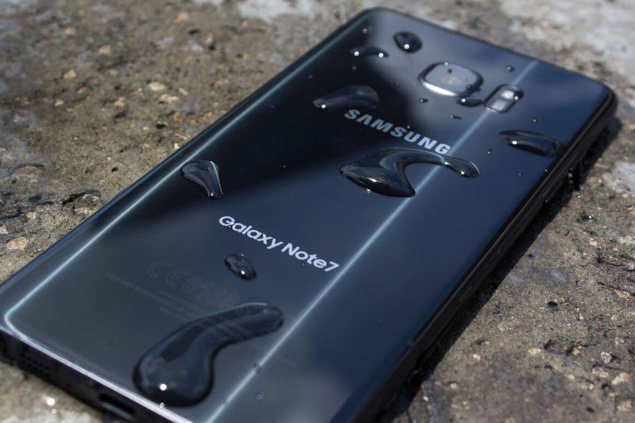 Galaxy Note 7 взорвался вруках владельца через сутки после покупки