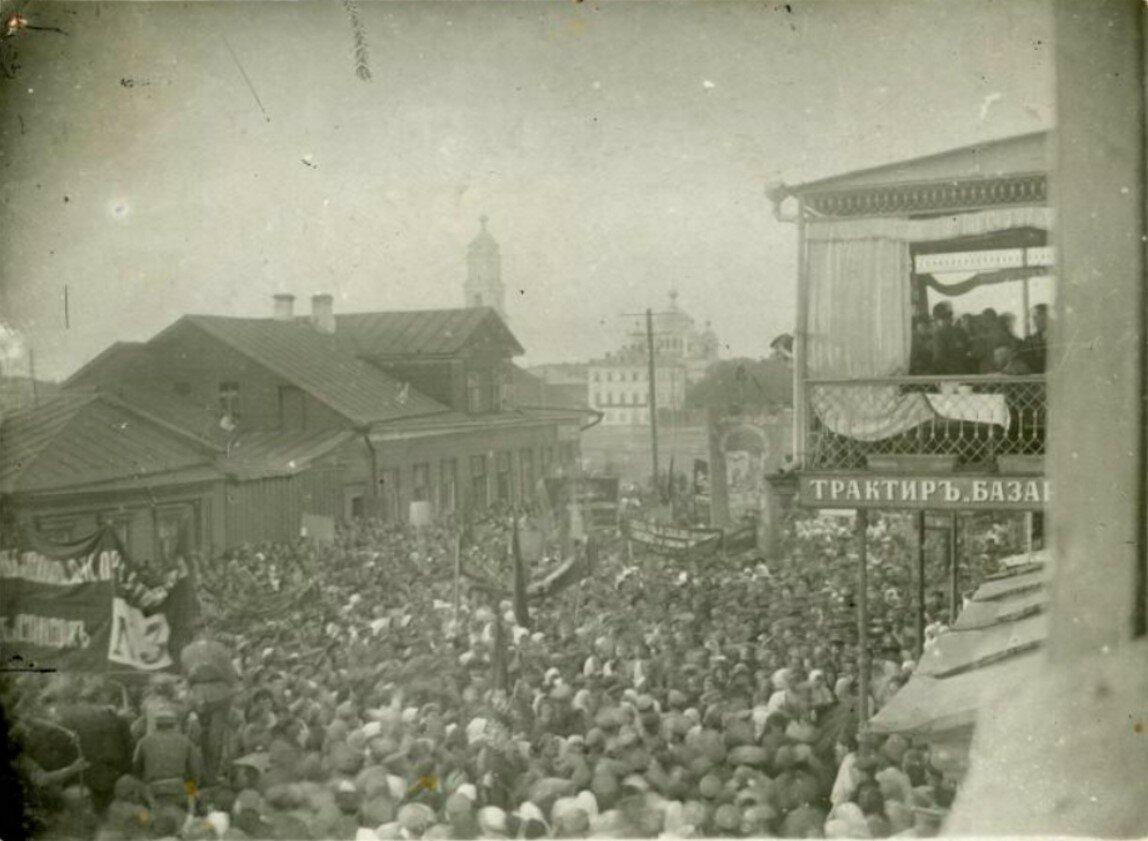 Демонстрация во время выборов в Учредительное собрание