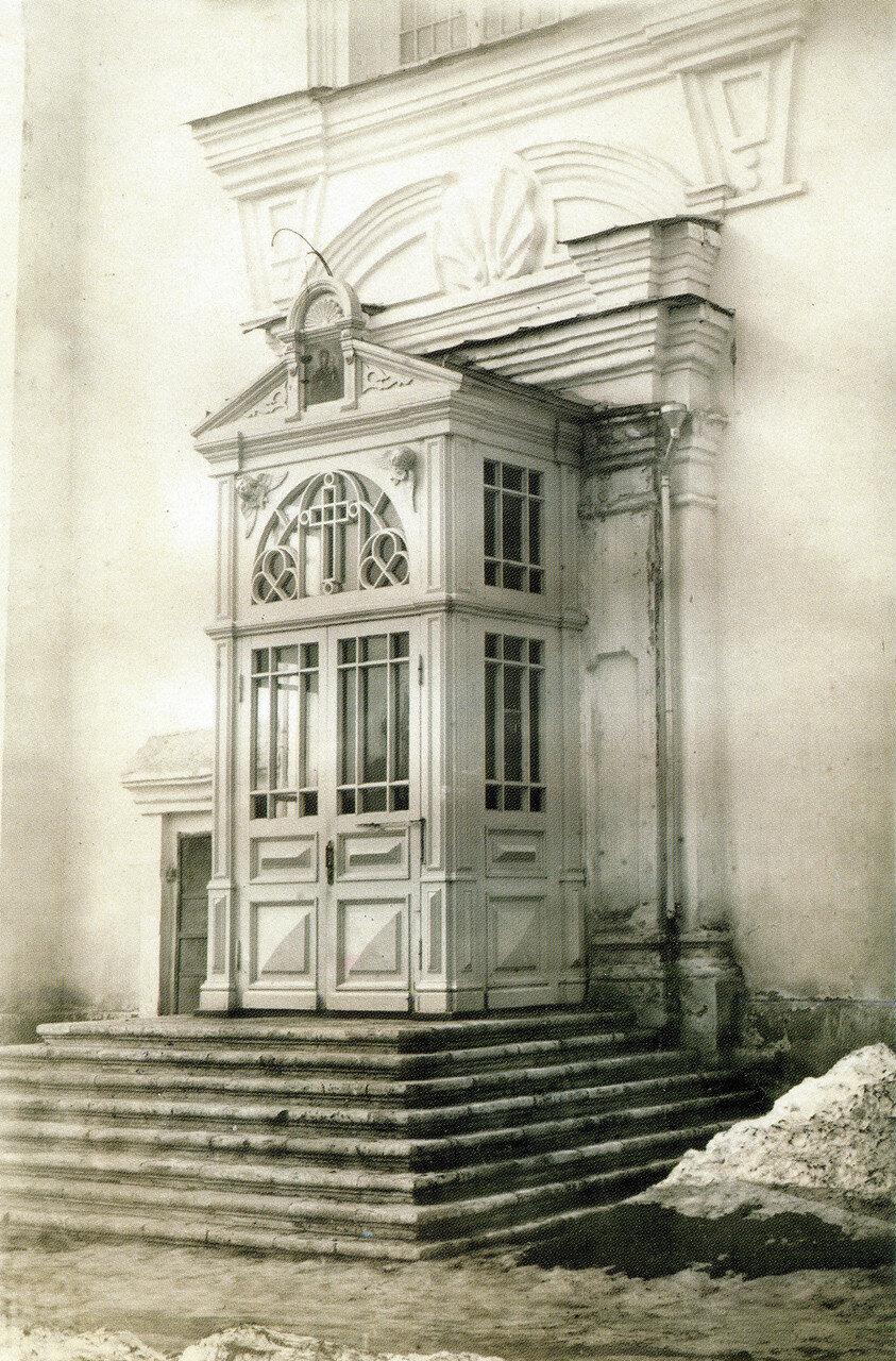 Южный портал Успенского собора
