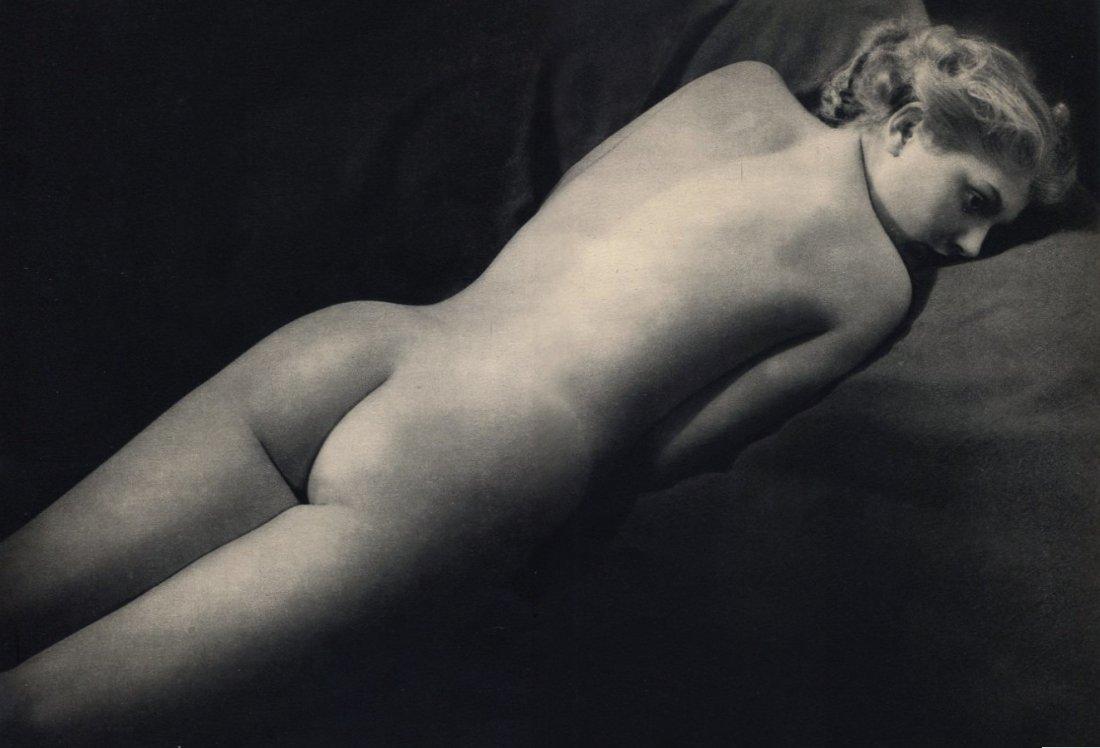 1948. Обнаженная