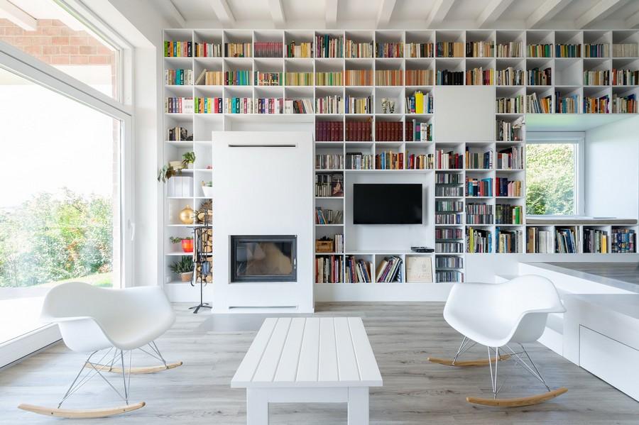 Bookshelf Porn.jpg