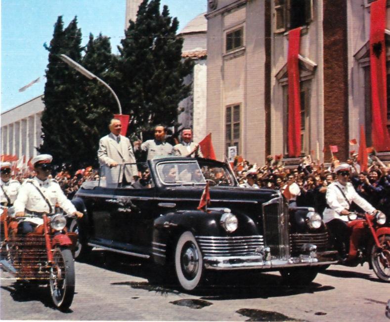1964 Визит Чжоу Эньлая в Тирана в январе 1964.jpg