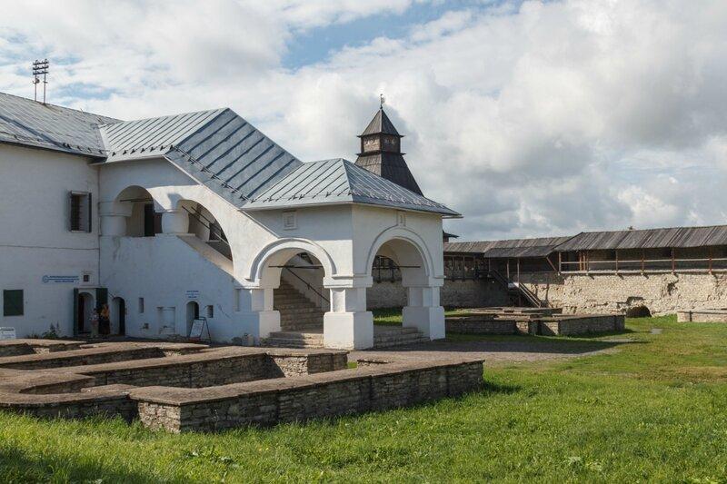Приказные палаты, Псков