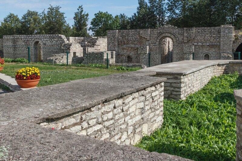 Храм Рождества Христова и храм Покрова, Псков