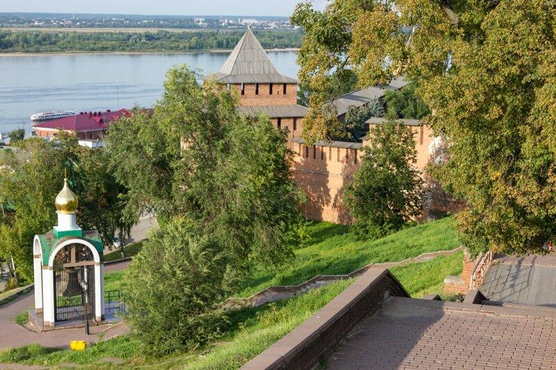Сквер у стен кремля, Нижегородский кремль