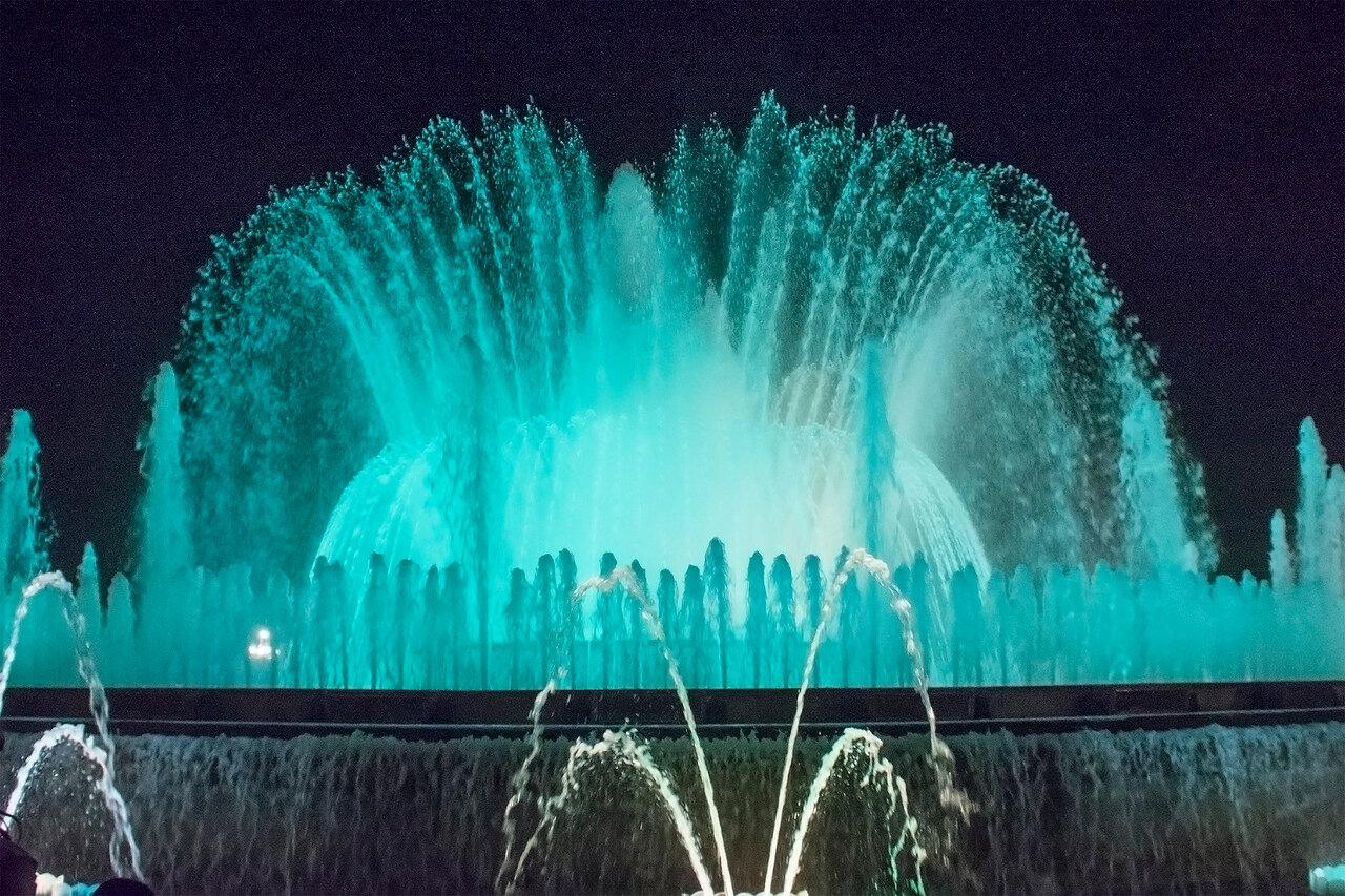 Поющие фонтаны Барселоны. Большой фонтан 5