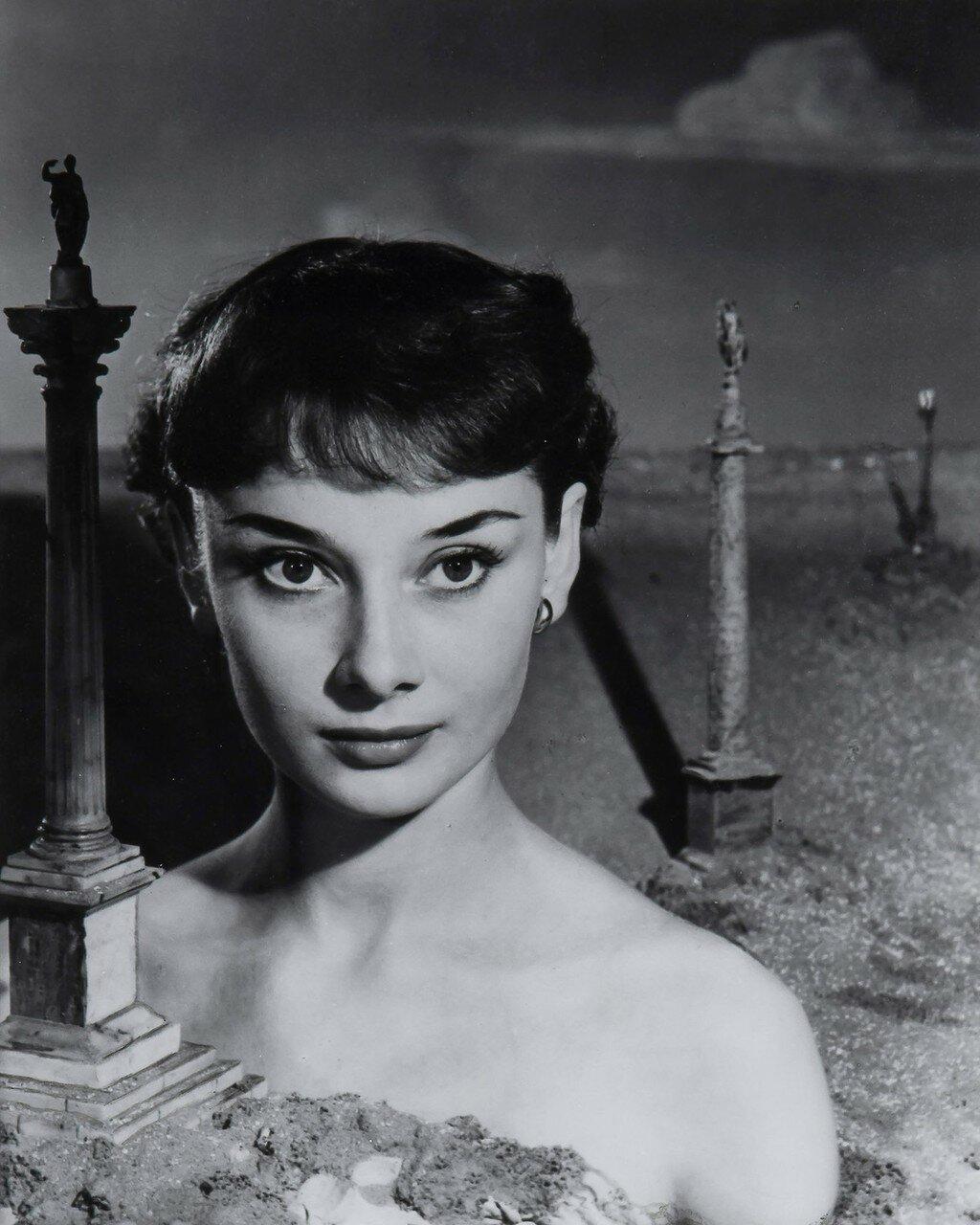 1951. Одри Хепберн