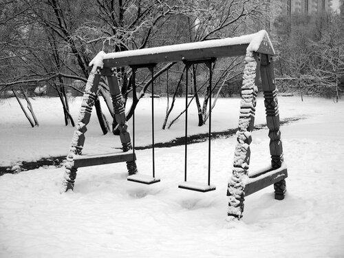 Снежные качели