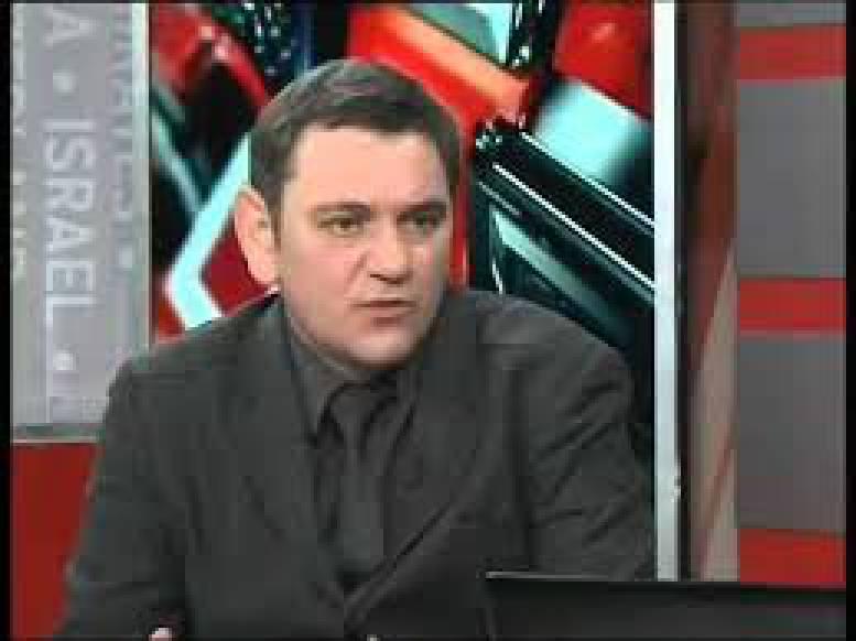 В Киеве избили популярного украинского блогера (фото)
