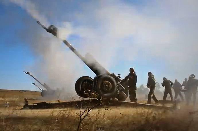 За минувшие сутки боевики 47 раз открывали огонь по позициям ВСУ. В районе Талаковки и Бердянска били из 152-мм артиллерии, - штаб
