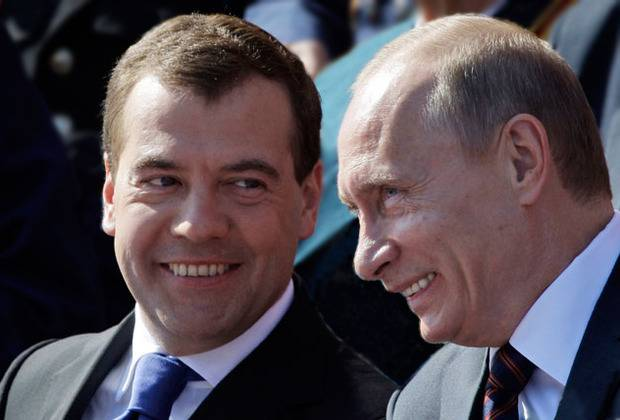 """""""Побольше цинизма, людям это нравится: В последнее время мне все больше и больше нравится Медведев"""", - Тарас Березовец о заветы Бендера и его бездарного отпрыска (видео)"""