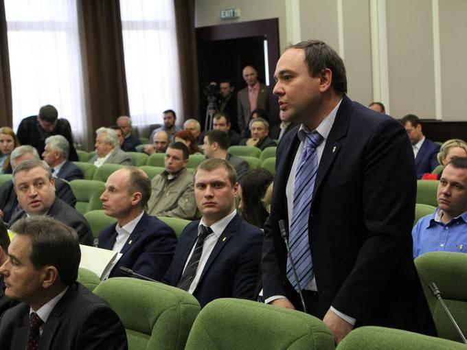 Киевский облсовет обратился к центральным органам власти по ряду общественно важных вопросов