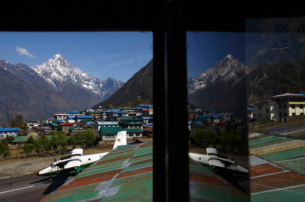 3. Намче — поселок в районе Кхумбу в Непале на высоте 3 440 м на боковом склоне холма. Посёлок