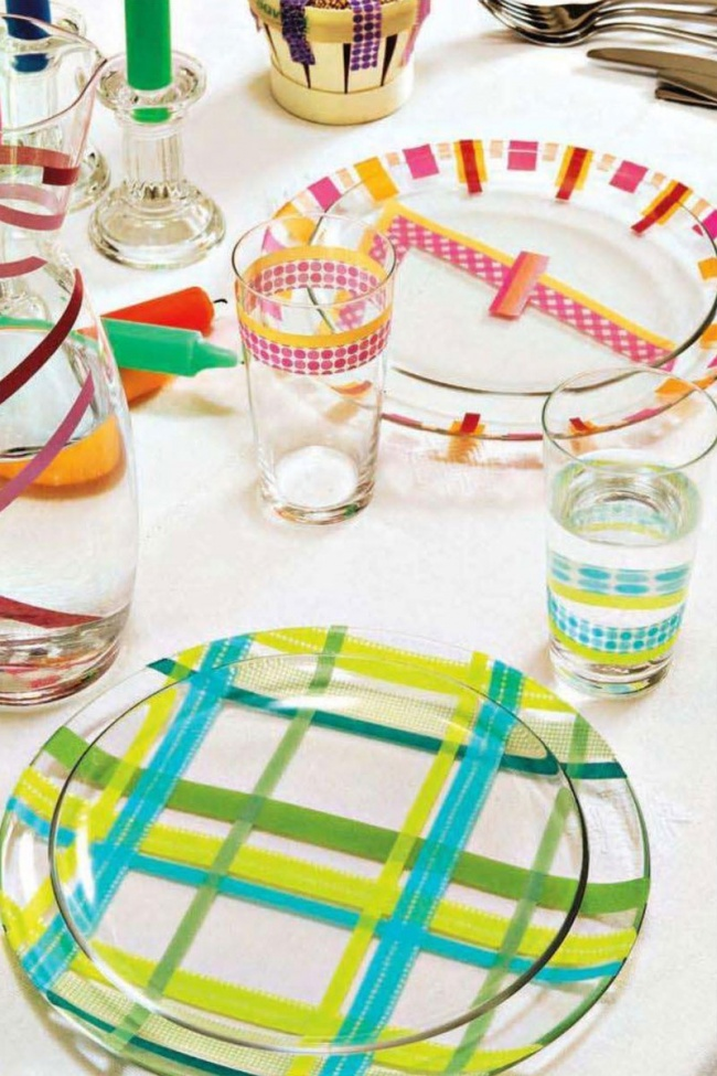 Обычная стеклянная посуда приобретает совсем другой вид, если нанести нанее яркие узоры . 30. Однор
