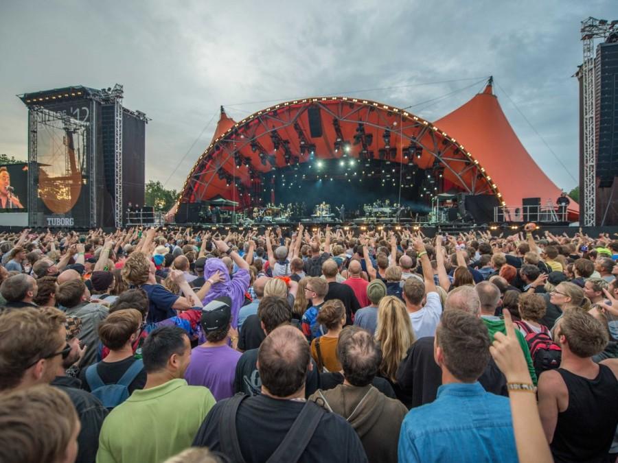 30. Одним из крупнейших музыкальных фестивалей в Европе считается Roskilde, проходящий в Дании и для