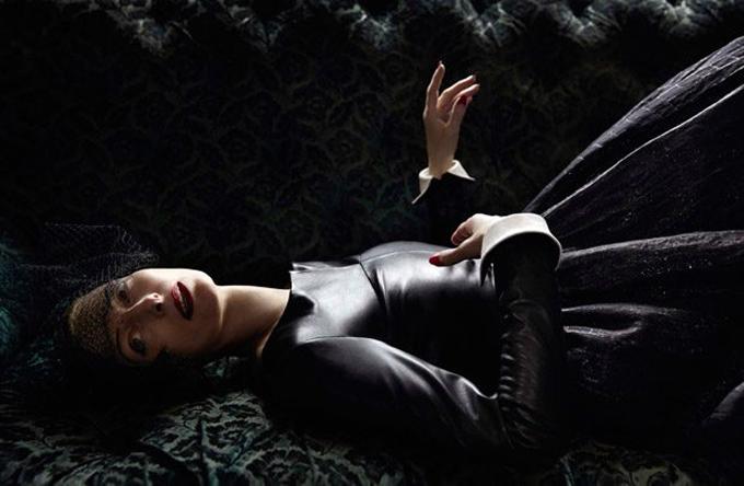 Tilda-Swinton-Vogue-Italia-Yelena-Yemchuk-04-620x405.jpg