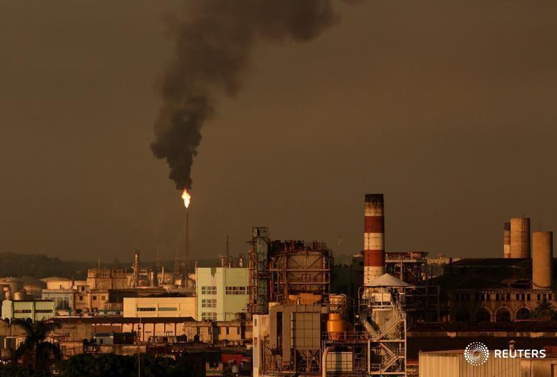 Стоимость нефти растет: Brent— до $47,78