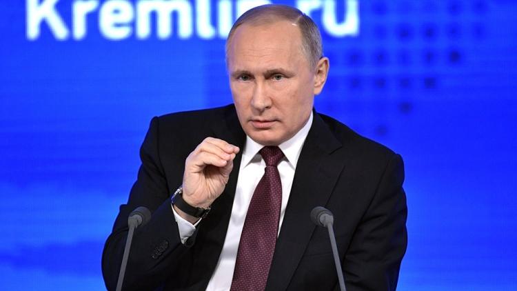Владимир Путин— элите: Поскромнее необходимо быть