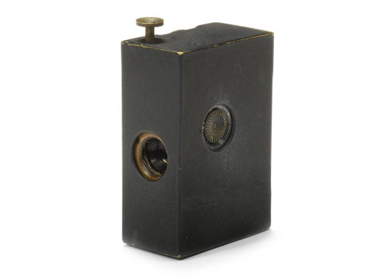 Kodak Matchbox camera (Eastman Kodak Co. Rochester, NY, 1944)