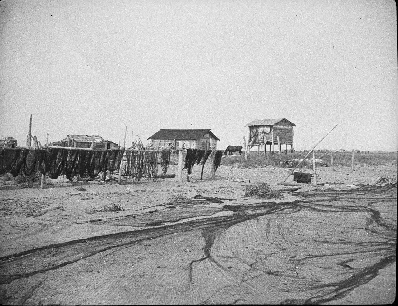 Рыбацкие домики на Тарайке