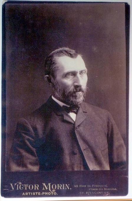Vincent_van_Gogh_photo.jpg