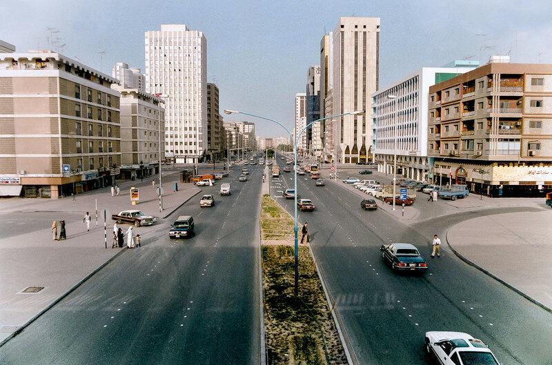 1986 abu_dhabi_kalifa_st.jpg