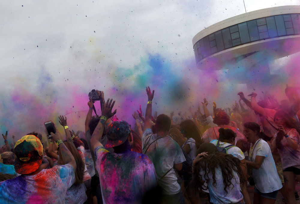 Фестиваль Холи в Испании
