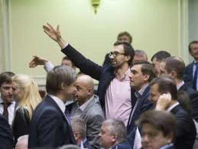 Порошенко обсудит ситуацию в Крыму и заявления Путина с Меркель и Олландом, - Климпуш-Цинцадзе