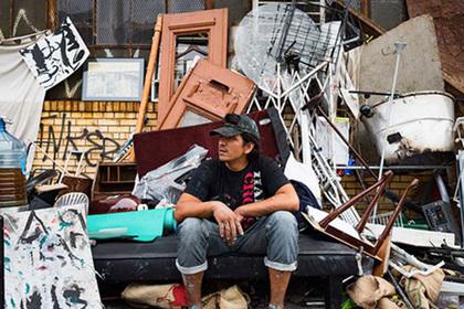 Бездомный из Нью-Йорка создал «живой дом»