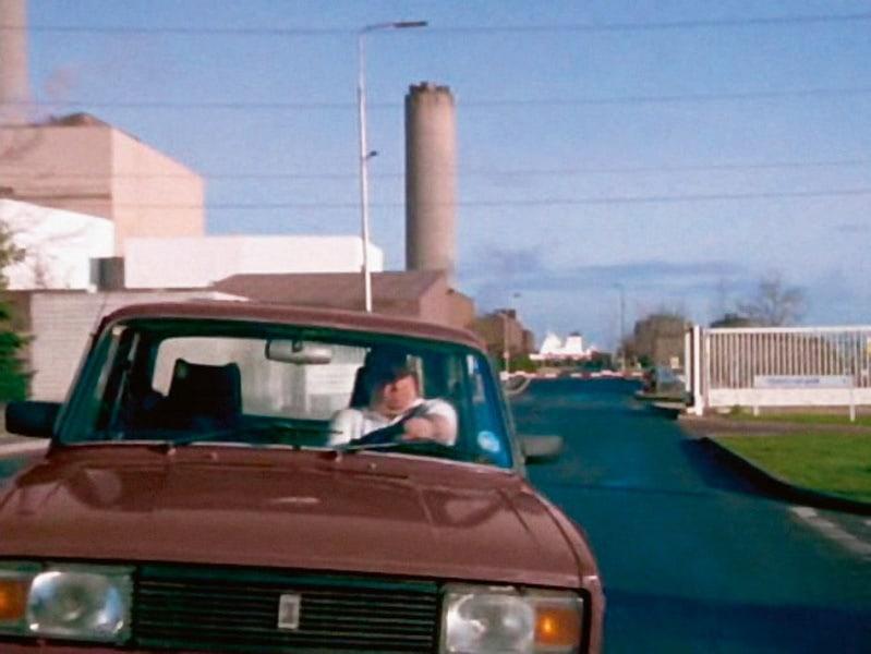 При съёмках фильма «Бешеные псы» Тиму Роту порой так долго приходилось лежать в луже искусст