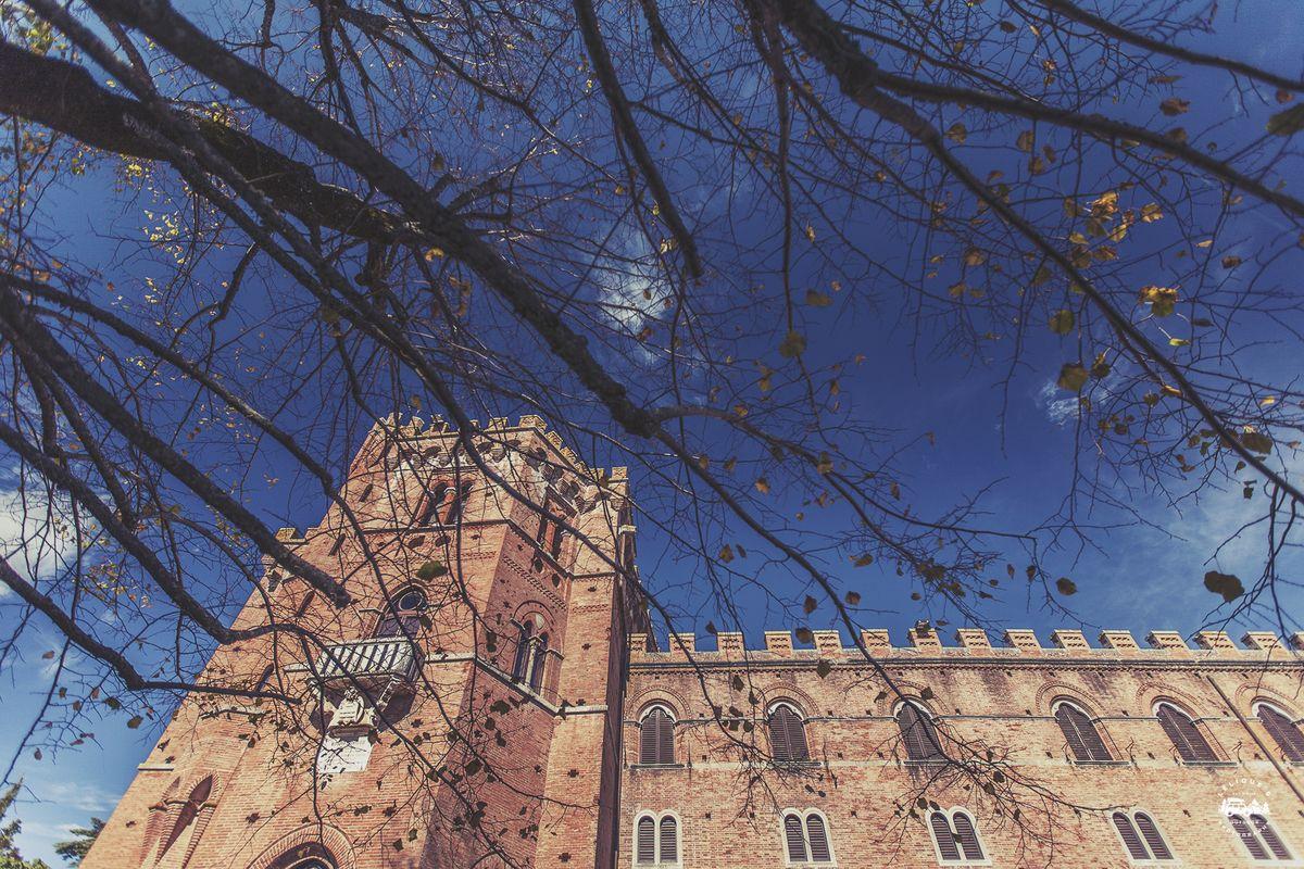 Замок Бролио.