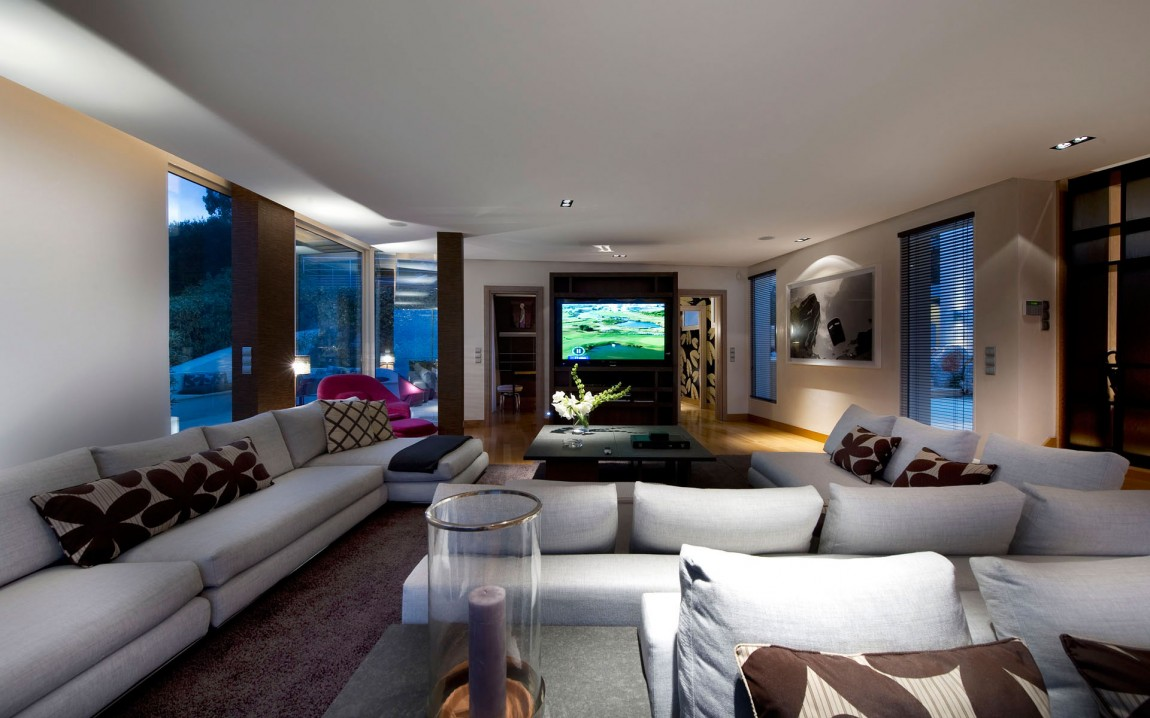 Large living room ideas