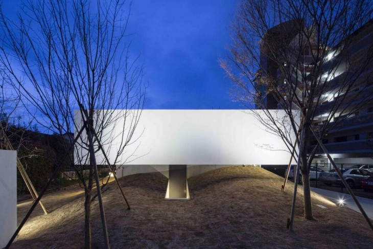 FLAT40 by Keisuke Kawaguchi & K2-Design