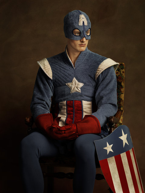 Elizabethan Superheroes and Star Wars Characters by Sacha Goldberger (11 pics)
