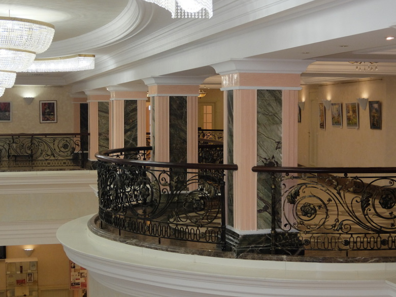 Тюмень - Драматический театр - Балконы