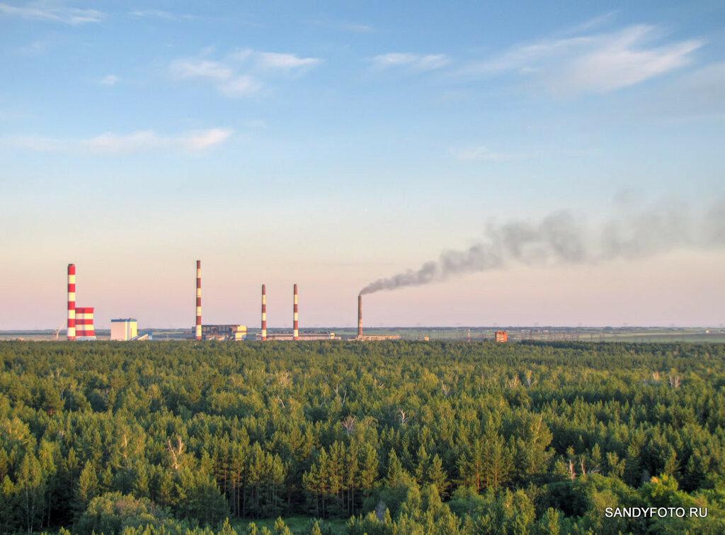 Город Троицк на закате солнца с наблюдательной вышки