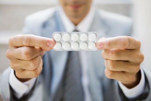 Ученые: слепоту может спровоцировать обычный аспирин