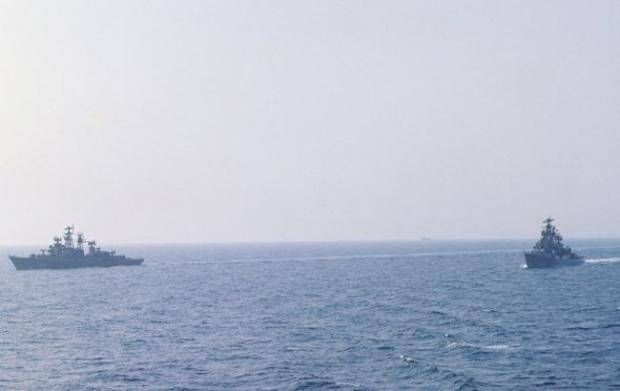 Играют мышцами? В анексованому Крыму оккупанты отрабатывают высадку морского десанта