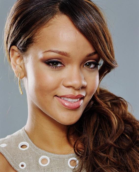 8. Рианна (Rihanna) Барбадосская артистка, певица и автор песен, фотомодель.