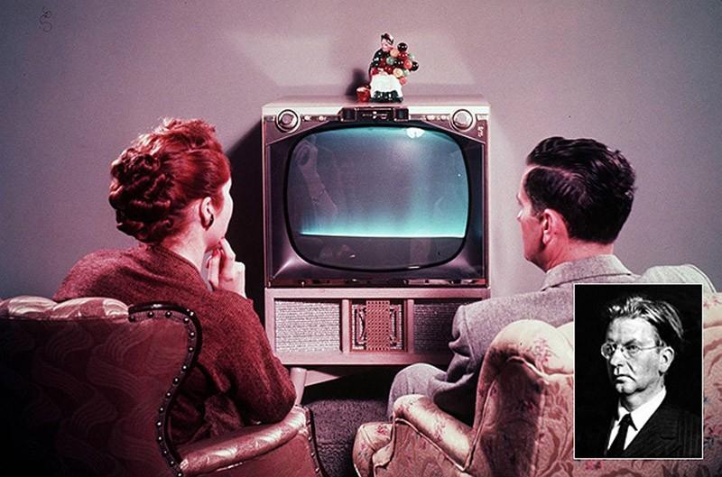10. Цветное телевидение Владимир Зворыкин родился в купеческой семье города Мурома. Мальчик имел воз