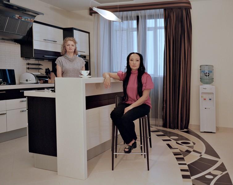 15. Ирина Мишакова, 38 лет. Родом из Абакана. Окончила Педагогический институт и музыкальное училище