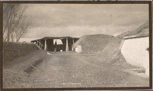 Вид на орудие, находящееся в укрытии (на форте № 1 группы Седласка).