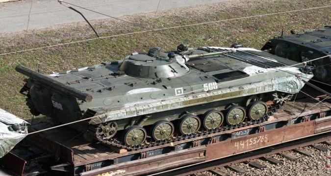 ИзРоссии вЛуганск прибыли пять танков