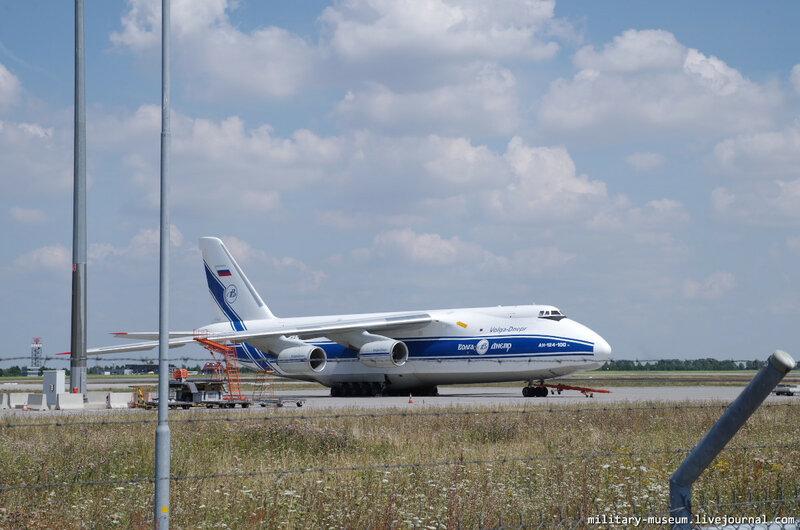 Ан-124-100 в Лейпциге