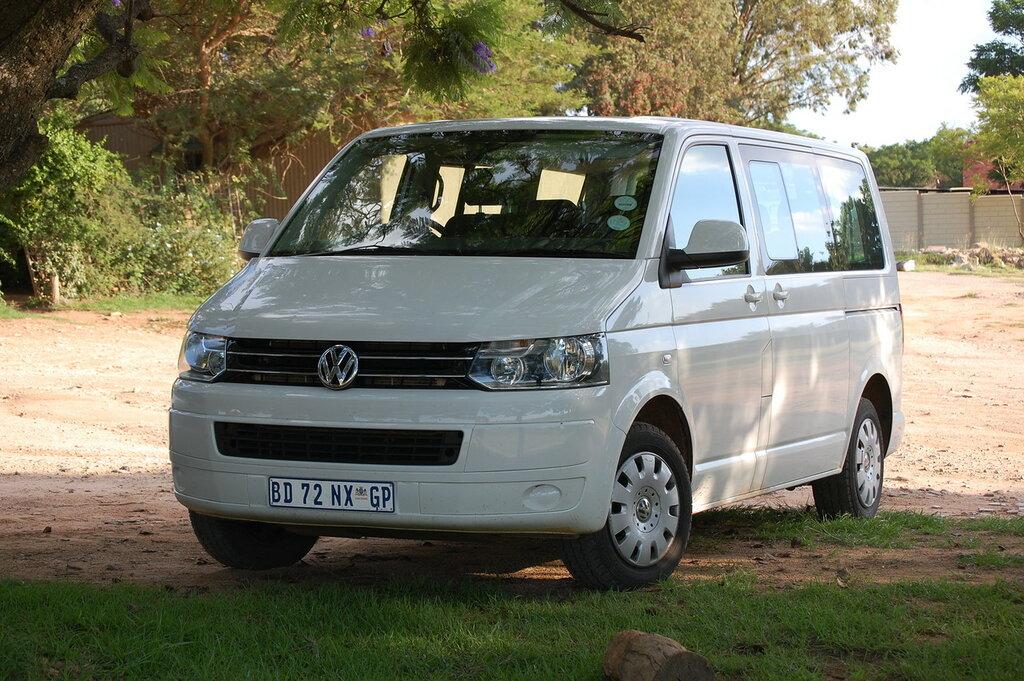 Volkswagen T5 face.JPG