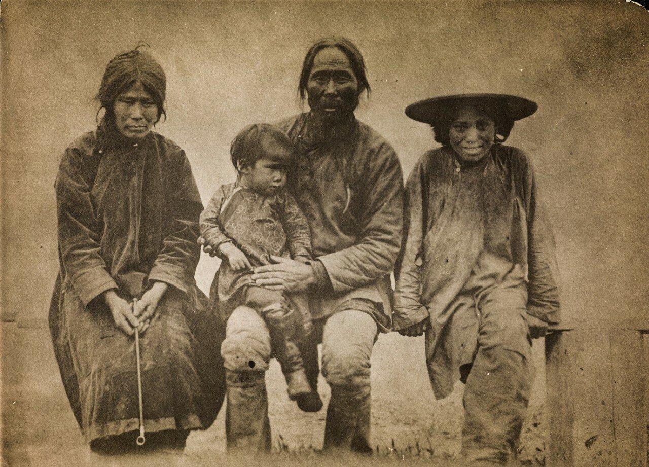 Семейный портрет ольчи
