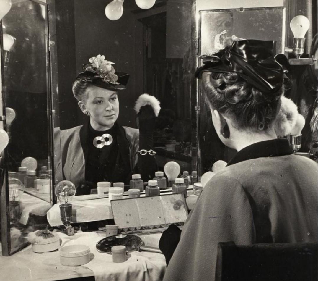 1950. Портрет Валентины Серовой