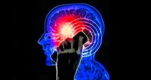 Связь между раком мозга и мобильными опровергнута